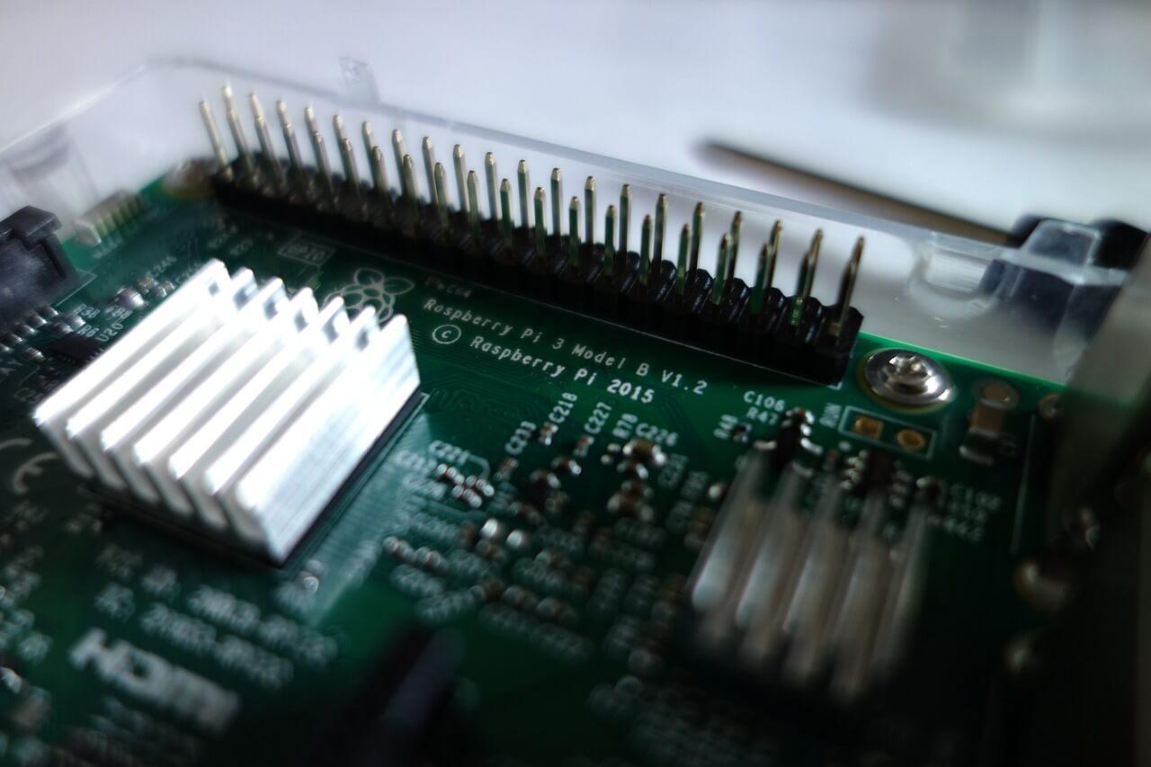 raspberry pi circuit foundation